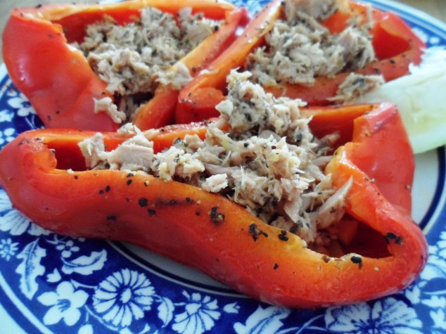 Low FODMAP Spanish Peppers with Tuna, Lemon zest & Herbs